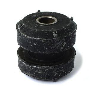 n Teile Nummer : RE60720 Gummilager für John Deere Motoraufhängung Ref